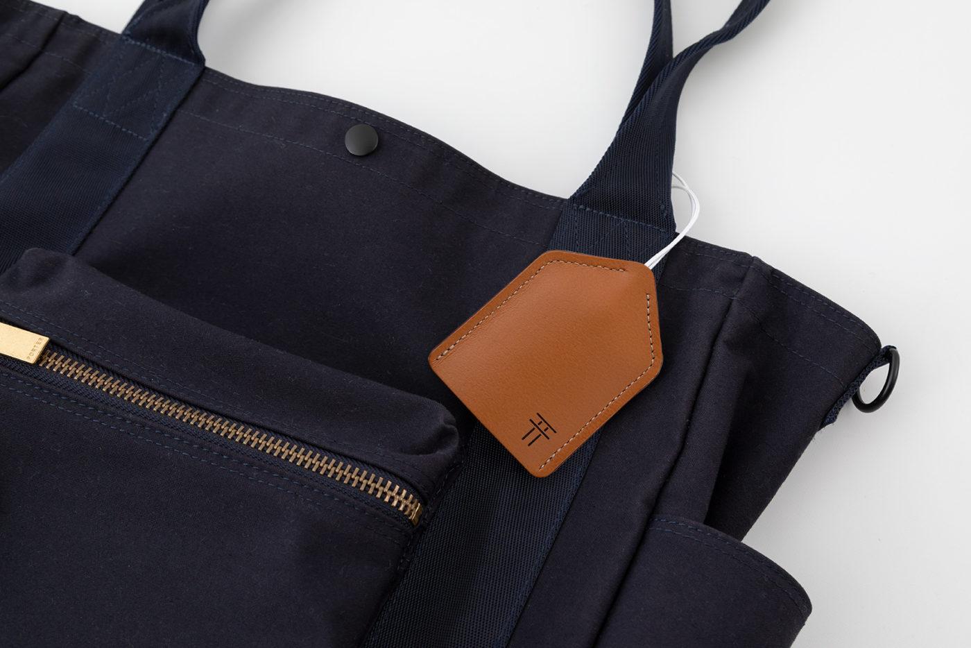 カバンなどに付けても良し。お守りの保護としてバッグにいれ持ち歩いても良しです。