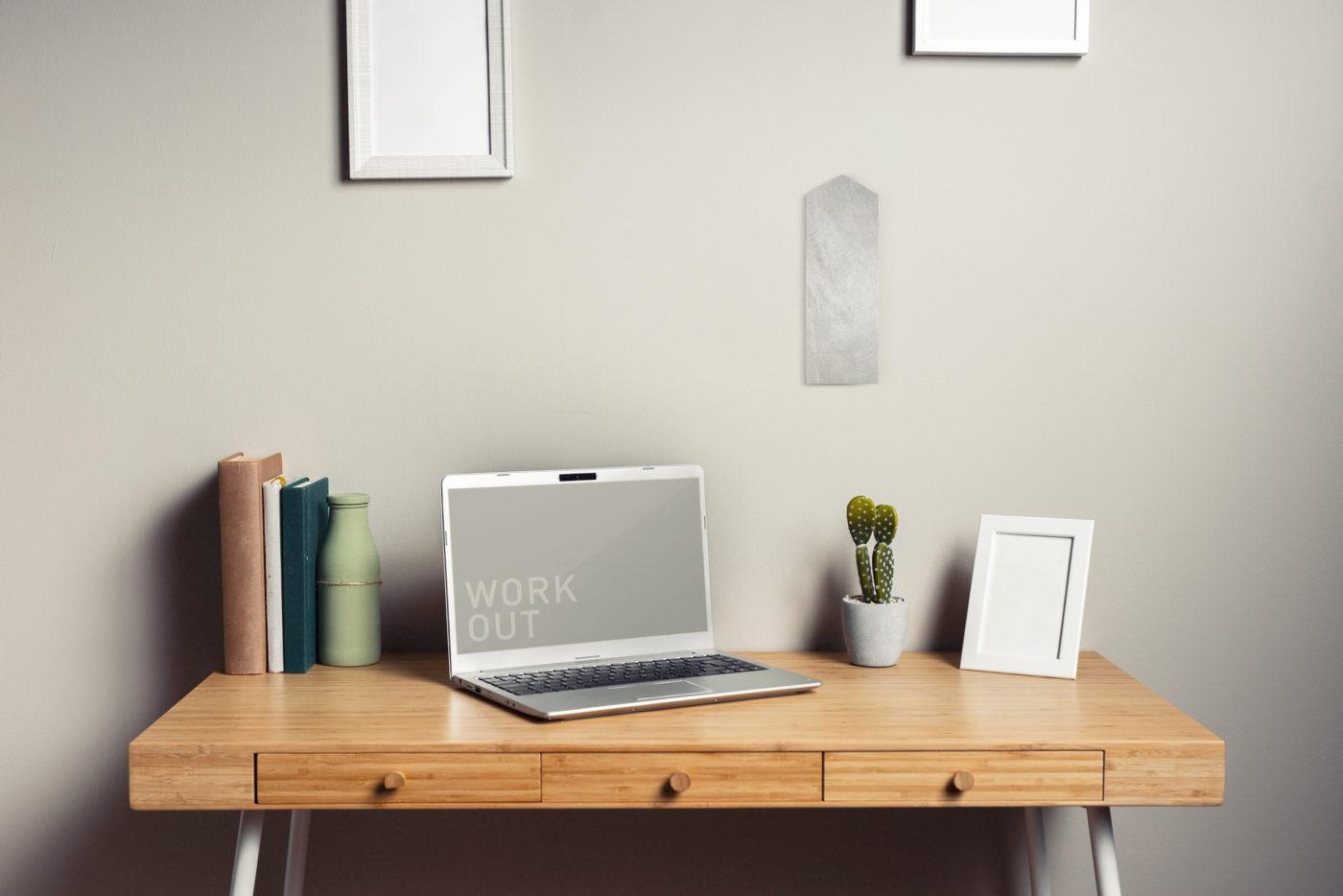 会社でも自宅の書斎でも。貼る神棚。